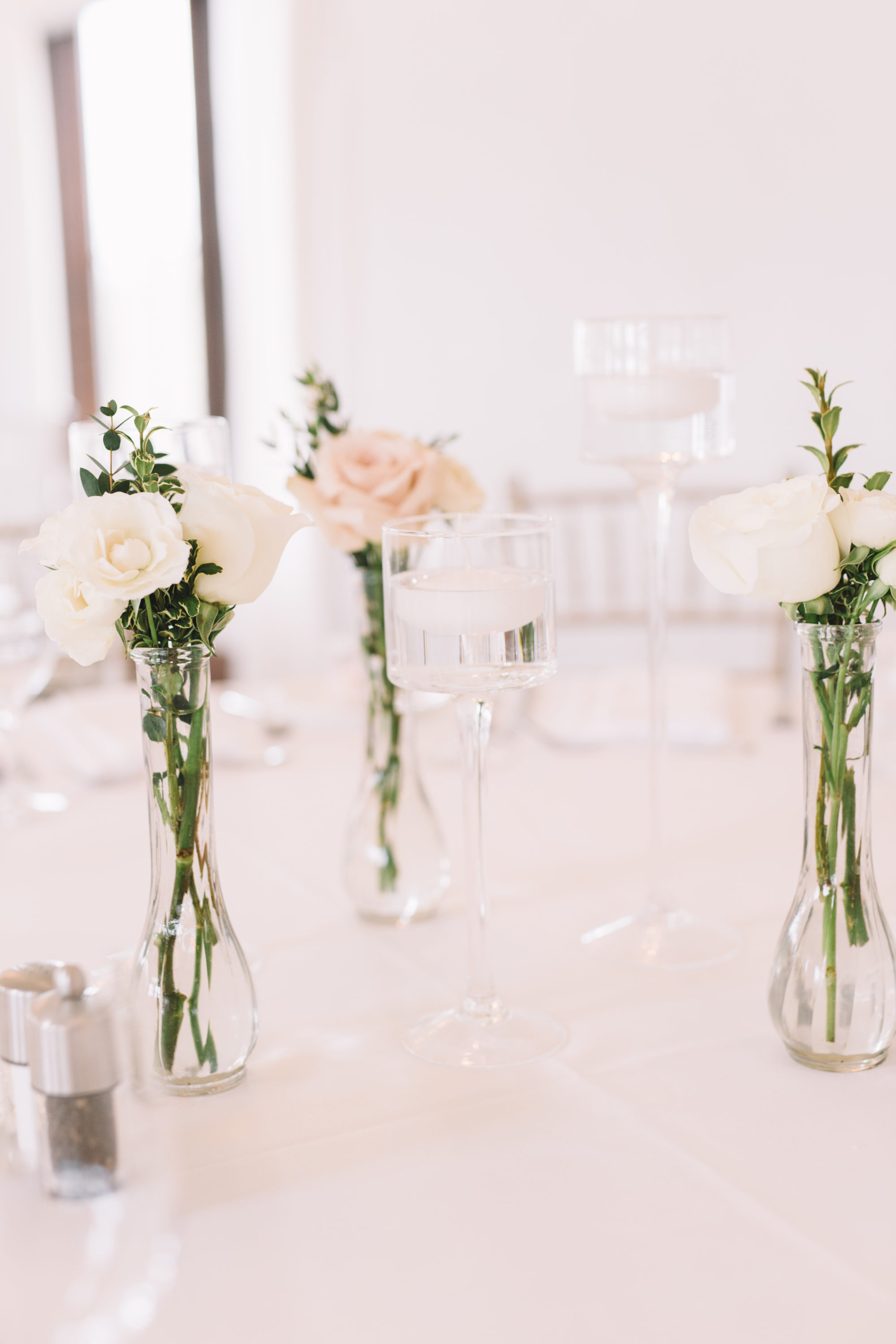 Floral arrangements in Forestview Room at Whistle Bear