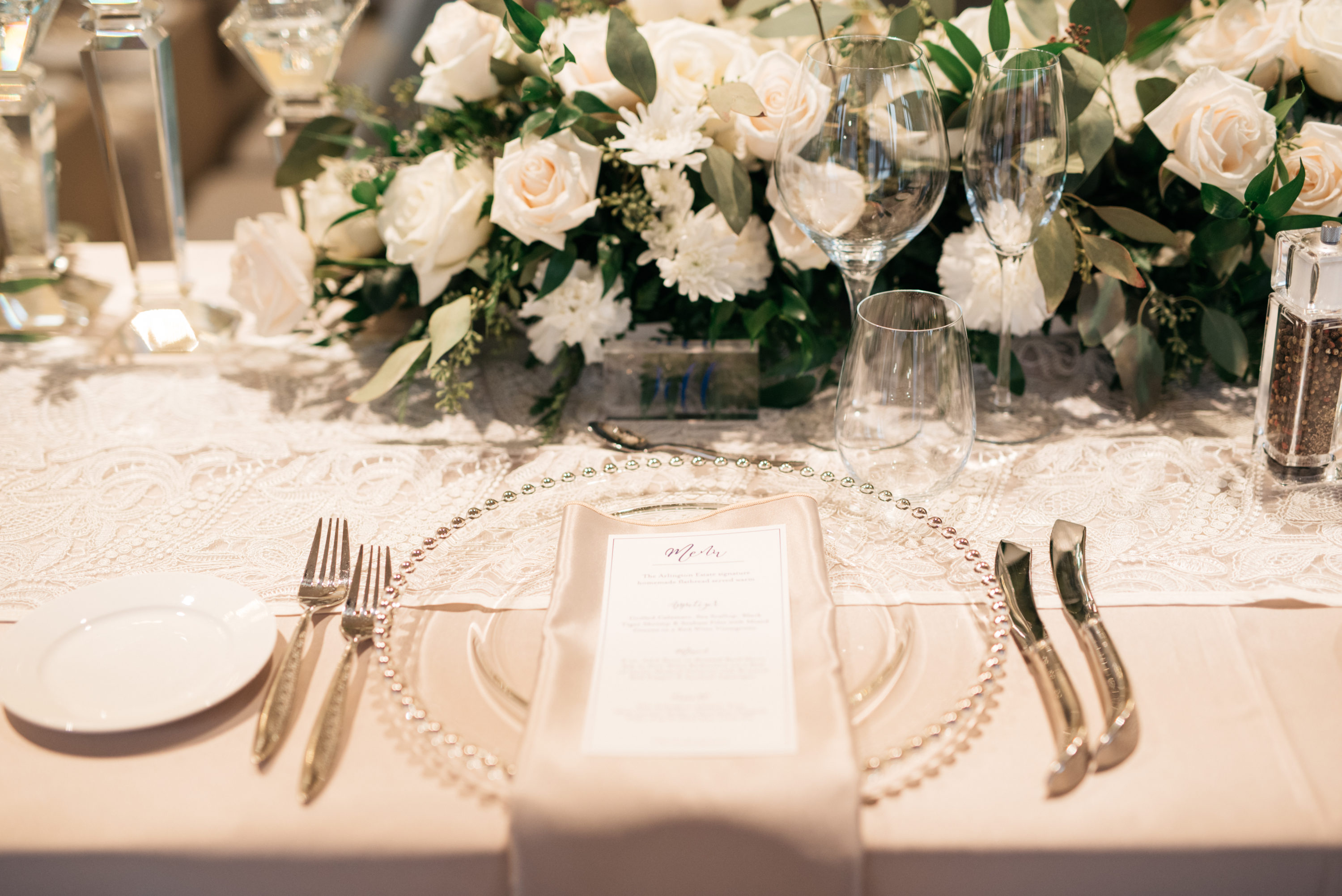Table setting in The Arlington Estate venue