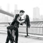 Engagement photos at brooklyn bridge