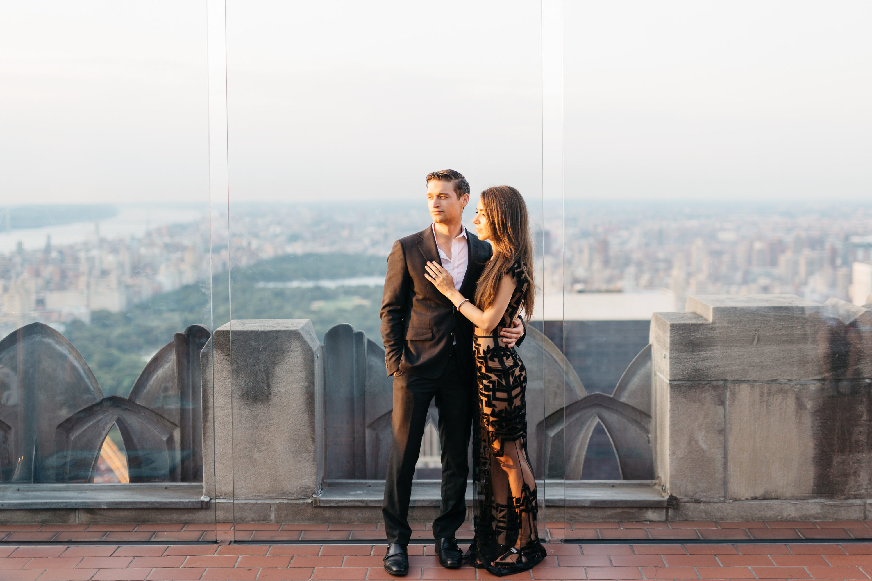 engagement photos at rockeller building