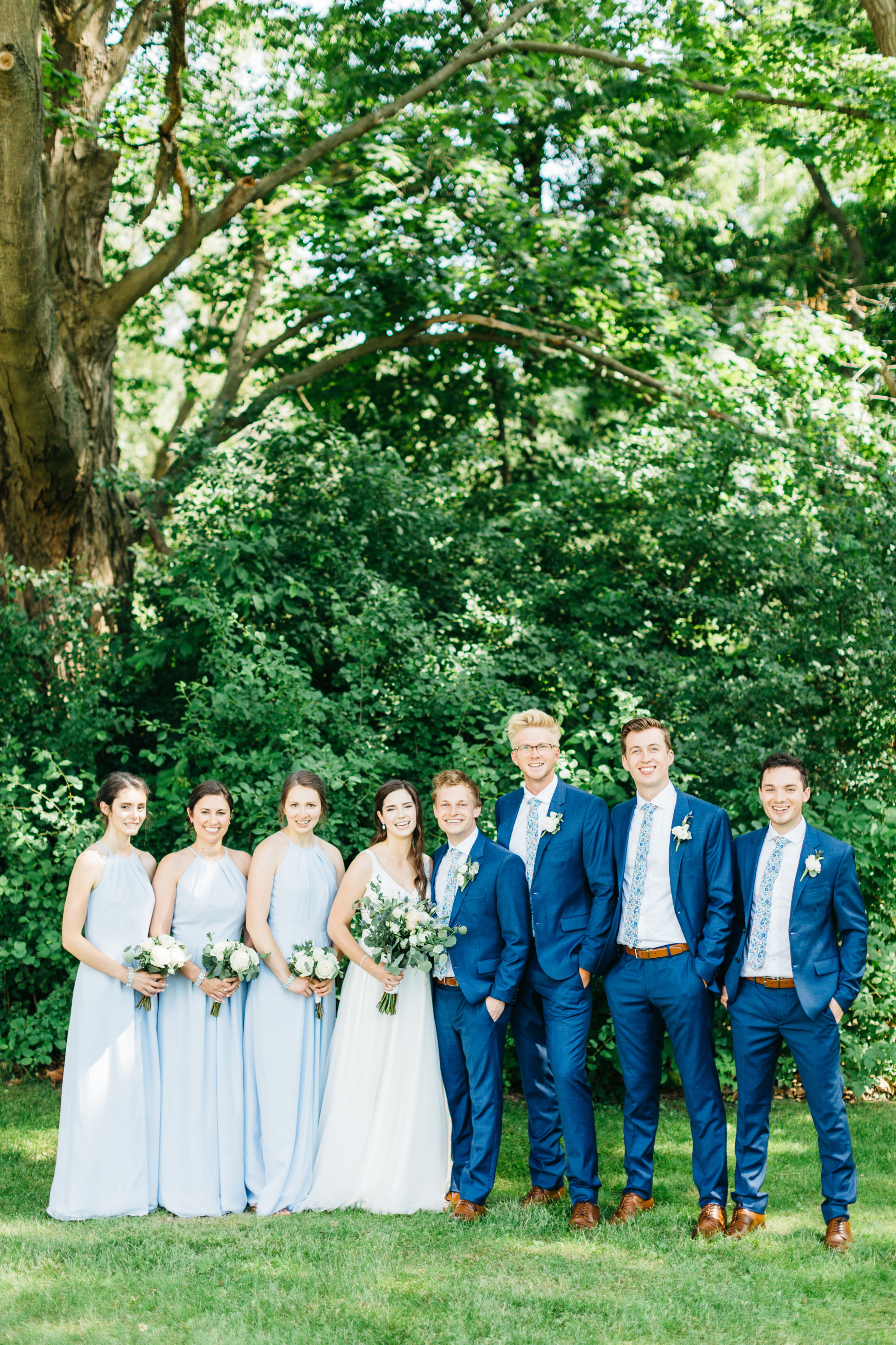 Bridal party photo at Harding Waterfront Estate