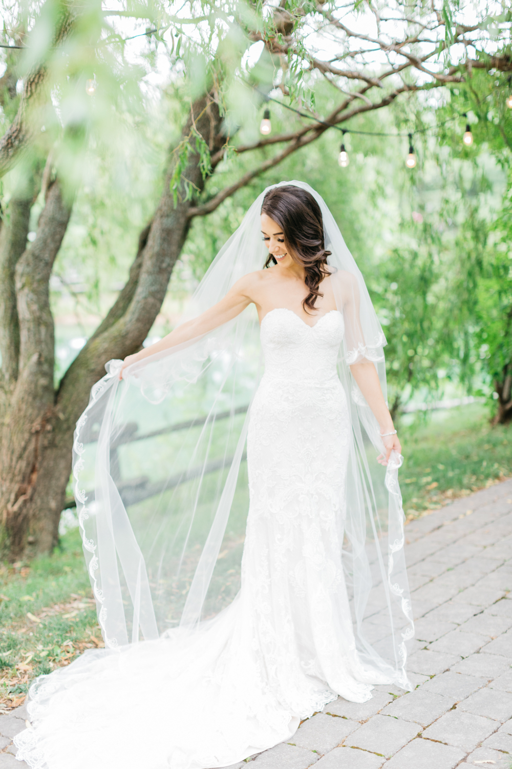 Bridal portrait at Kurtz Orchard Vineyard