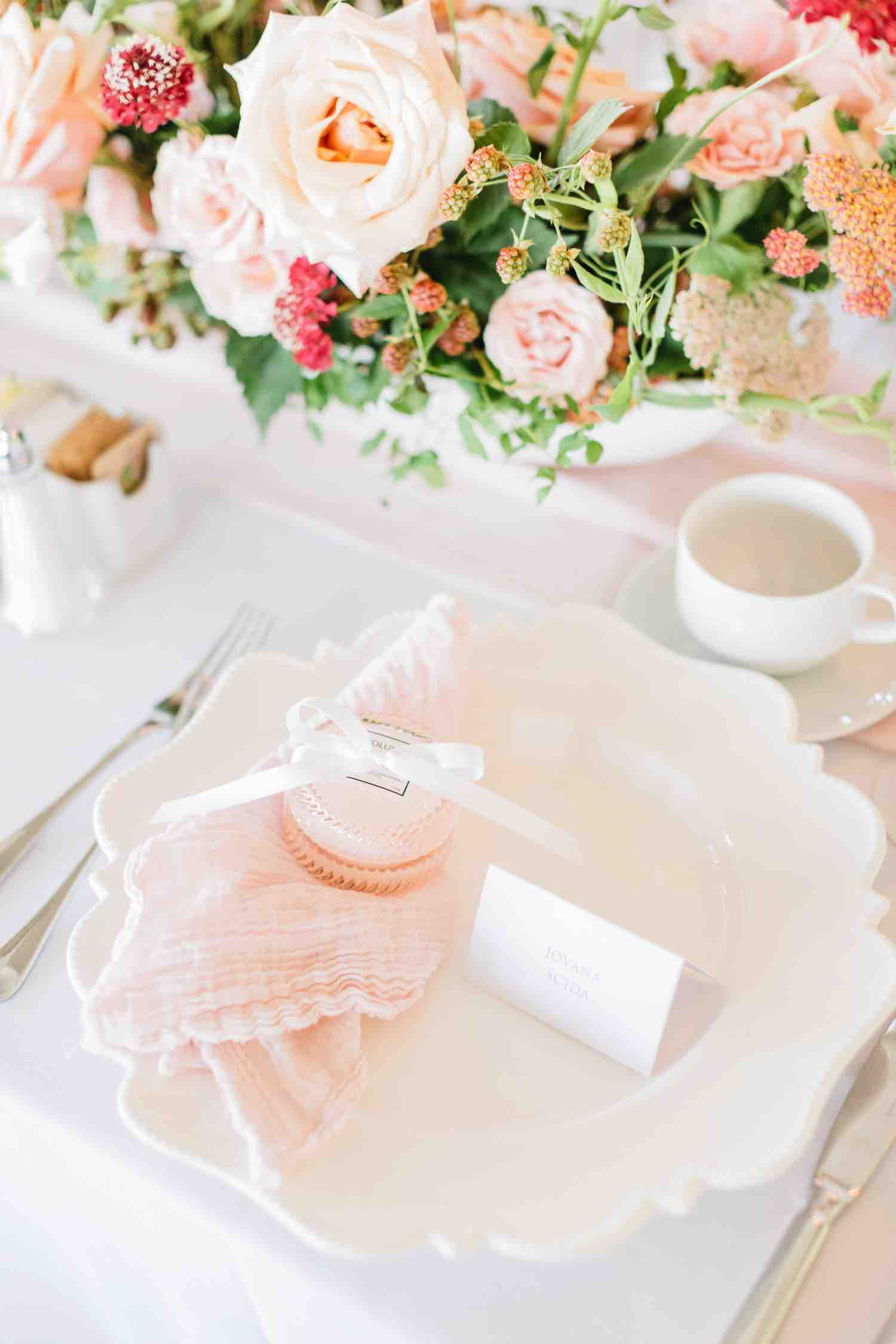 Table details of plate and cutlery at Eagles Nest Golf Club bridal shower