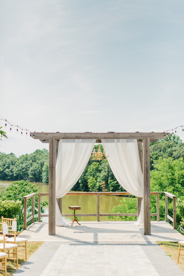 Ceremony alter overlooking pond at Stonewall Estates